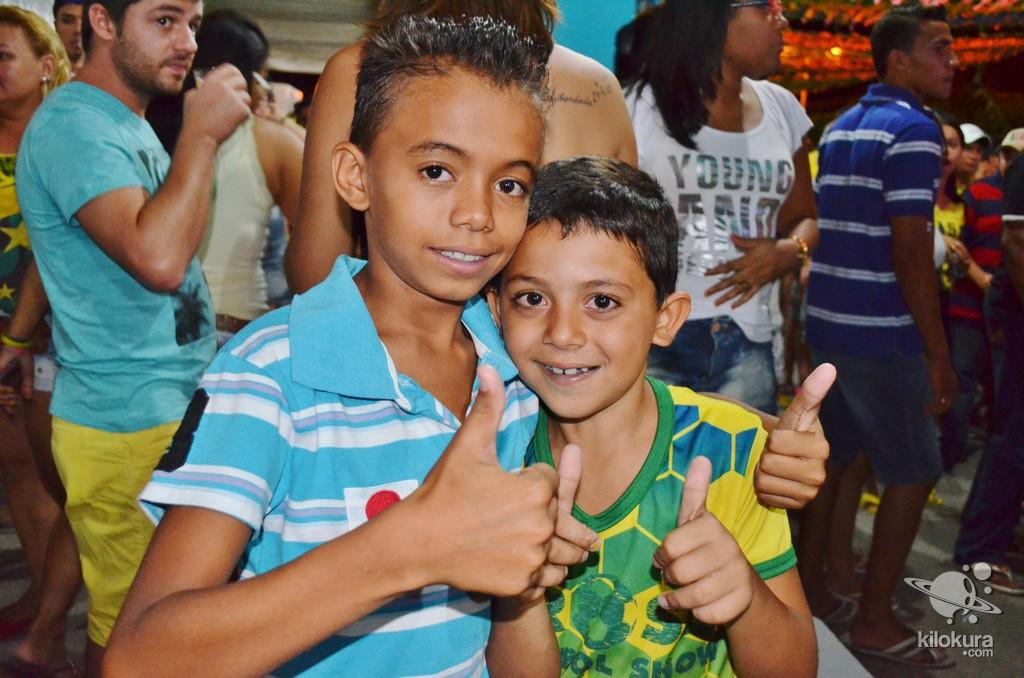 Recepção do deputado Mauro Filho e comemoração da vitória Brasil sobre Camarões - Foto 144