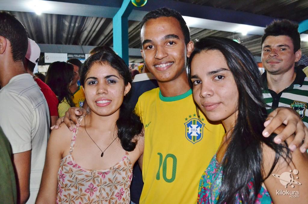 Recepção do deputado Mauro Filho e comemoração da vitória Brasil sobre Camarões - Foto 163