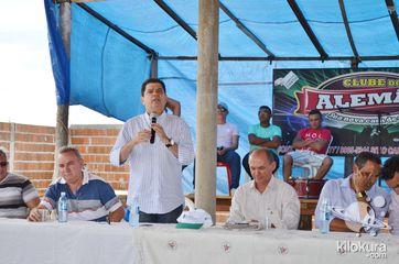 A inauguração da adutora contou com a presença do secretário do desenvolvimento agrário Nilson Martins, o deputado estadual Mauro Filho, lideranças da Prefeitura de Jaguaribe e população local.