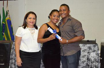 Alunos do Ensino Fundamental da Escola Raul Barbosa. As estrelas da festa