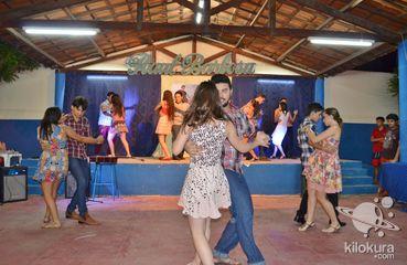 Por ocasião da culminância dos conteúdos de Arte, que trata de Dança como linguagem corporal, os alunos da Escola Raul Barbosa revelaram as habilidades adquiridas ao longo do período.